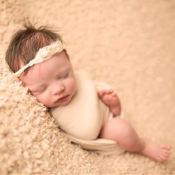 newborn baby love swet motherhood