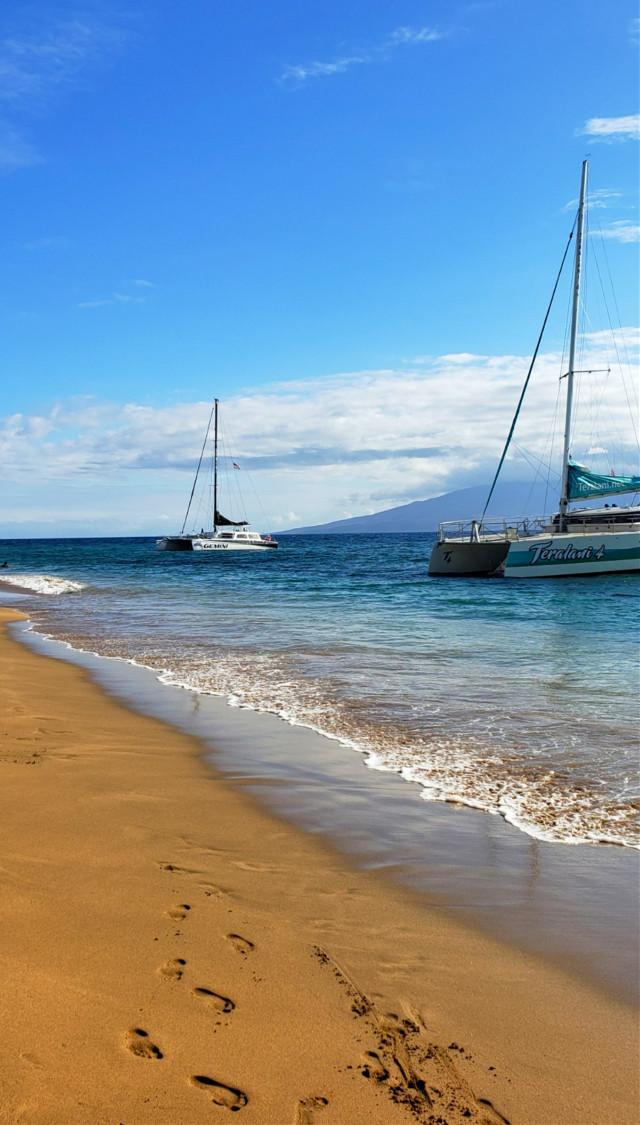 #freetoedit #myoriginalphoto #maui #funinthesun #travel #beach #boats #ocean #blue #colorpop  #pcfoam