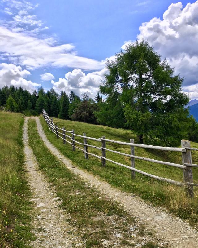𝘐𝘯 𝘭𝘰𝘷𝘦 𝘸𝘪𝘵𝘩 𝘵𝘩𝘦 𝘮𝘰𝘶𝘯𝘵𝘢𝘪𝘯𝘴 ✨     #dolomiti #nature #photography #landscape @picsart #picsart #pcmyfavshot