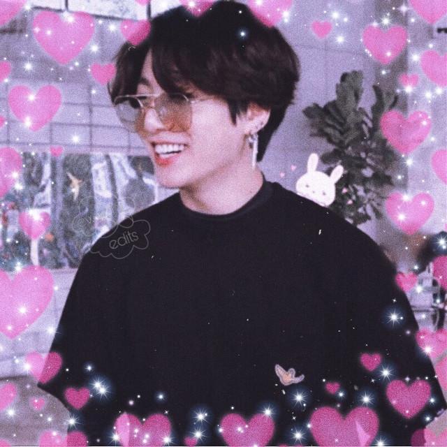 An adorable aesthetic im slowly getting addicted to😊👌🏽 #softedit #btsedit #profilepic #jungkook #pinkhearts #softaesthetic #blackaesthetic (i think lol) #jeonjungkook #btsjungkook #bunnyjungkook #bts  #freetoedit