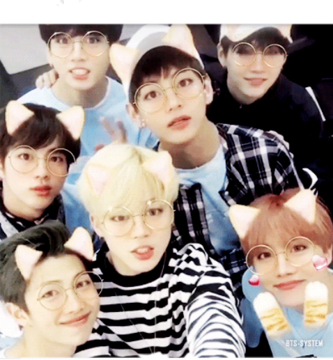 Bts group picture ('•'  )