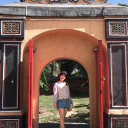 theonethatgotaway foryoureyesonly girl outside gate freetoedit