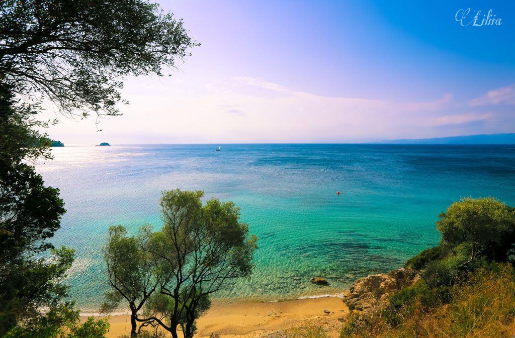 #nature #skiathos #landscapephotography #landscape #naturephotography #nature #panorama #horizon #seascapephotography #sea #seascape #sunrise
