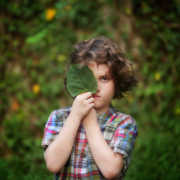 green leaves ivy boy eye