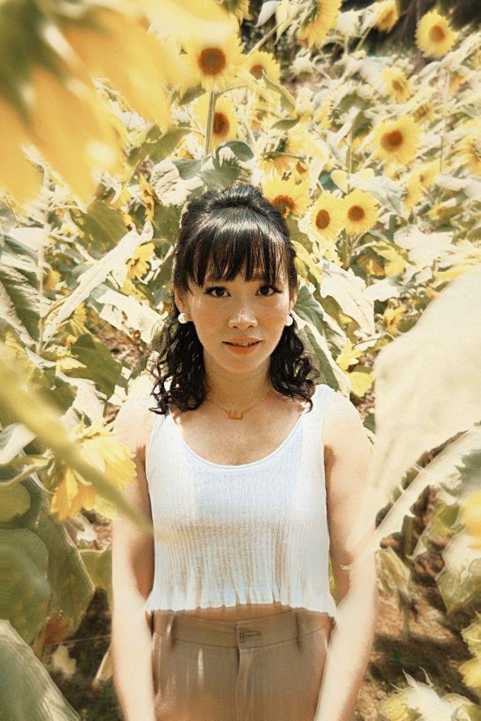Sunflower  #freetoedit #realpeople #fotoedit #nature #sunflower #exposure #portrait #asian #bts