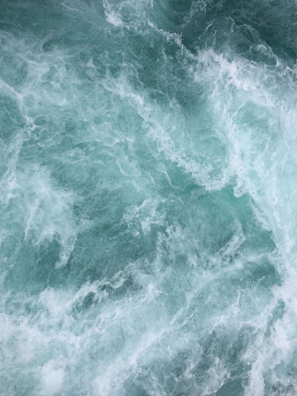 Put yourself onto this awesome background! Unsplash (Public Domain) #water #background #backgrounds #freetoedit