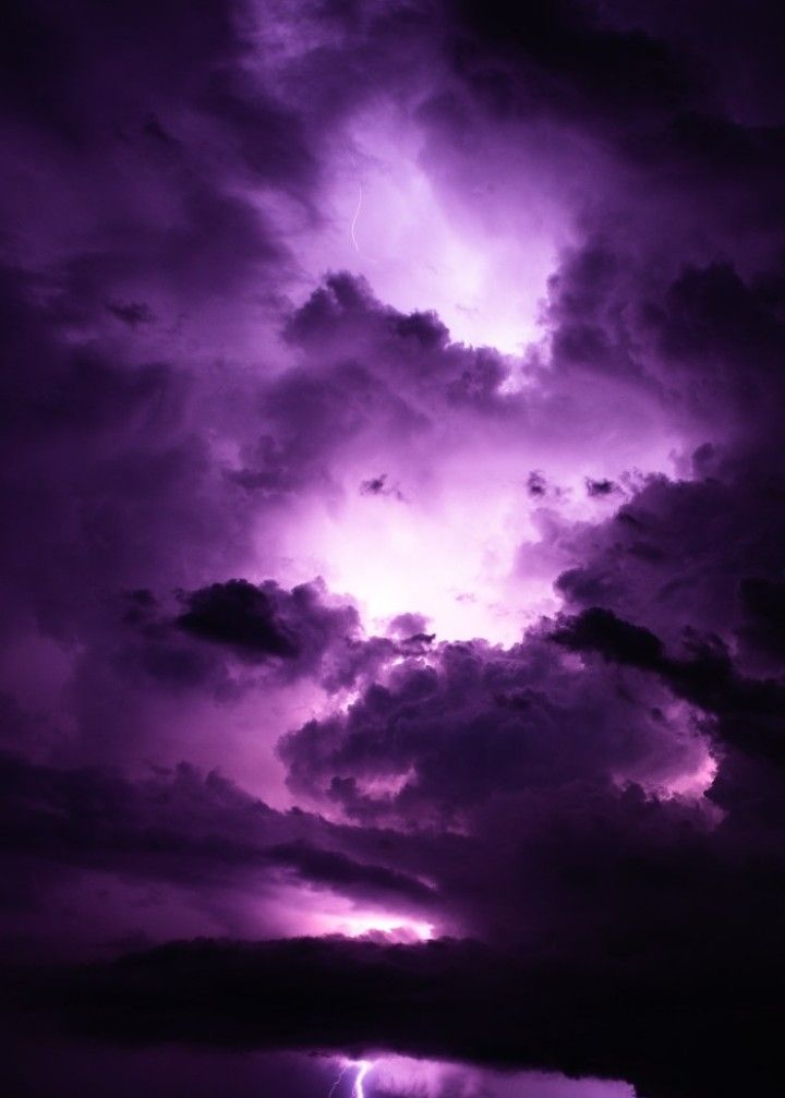 #freetoedit #purple #sky #purple_sky #clouds #purple_clouds #cloudy #lighting #lightings #beautiful_sky #beautiful_nature