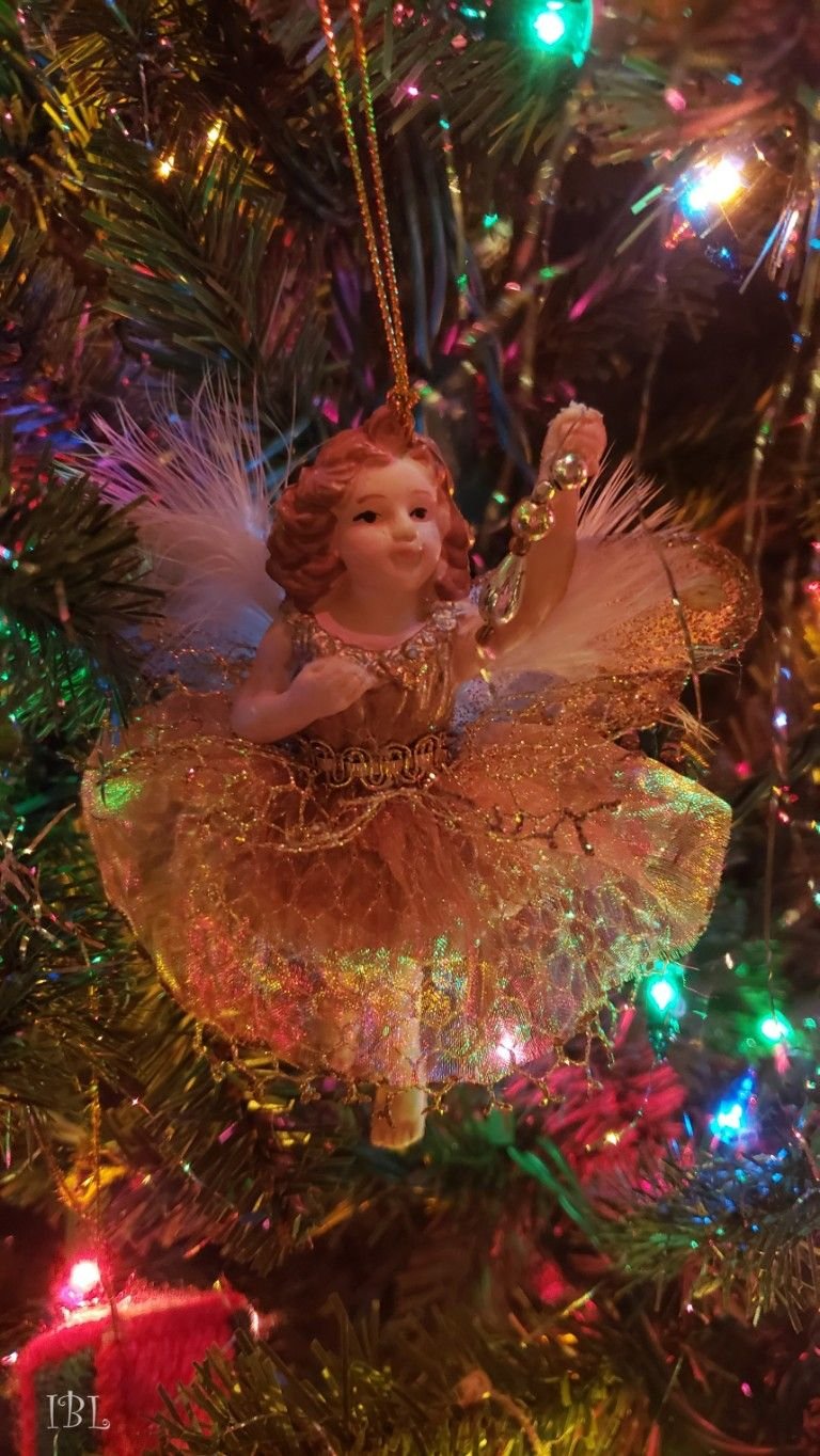 #freetoedit #remix #remixme #colorful #photography #christmas #christmastree #christmasornaments #samsungphotography #myoriginalphoto #christmastime #christmaslights
