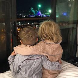 дети счастье близнецы kids love