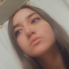chloe_belle1018