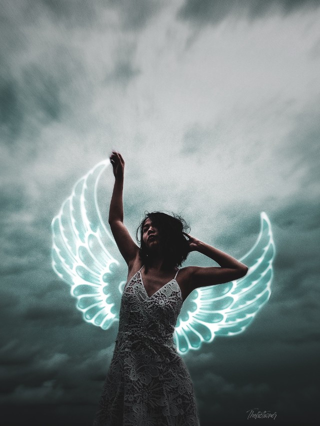 Grow a pair (of wings!) in just a few taps with our #FreeToEdit neon wing stickers 😇Edit by @thefictioner #neon #wings #neonwings #neonlove #freetoedit