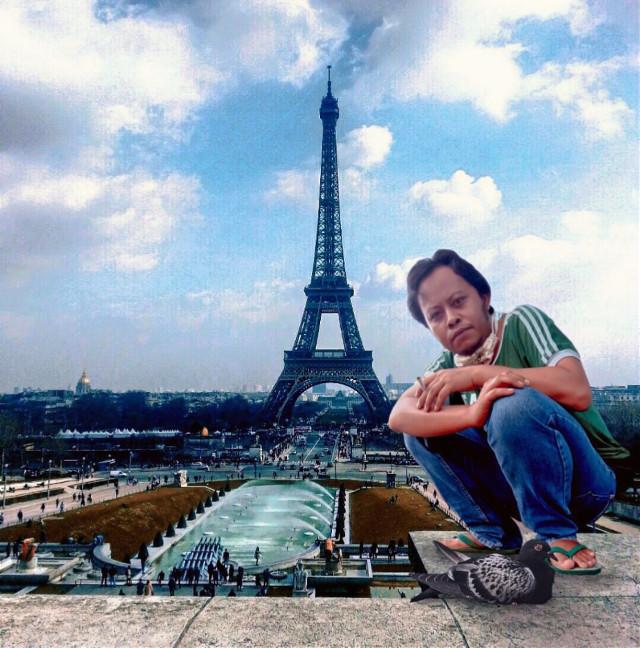 Paris #freetoedit