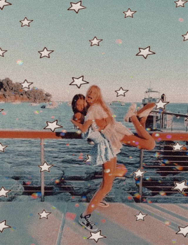 #freetoedit #summercontest1                                                         this is for the summer contest @editsbyfaati I am super inspired by her work and i love her account 😊       #aesthetic #vintage #summervibes #summer #sea #besties