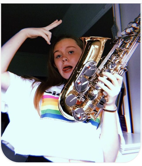 this is my baby cosette.. shes been through a lot.. shes won competitions and lost some (third place is losing btw) shes had a few dads, but obvi @piercec22 is her fav.  she is a 3 year old alto sax. her current song is pizzicato by uhh some italian dude shes nice :) her favorite note is middle c natural, or the high e natural. :) 🎷 💛 🎷 💛 #sax #saxophone #music #band #musical #musician #views #likes #schoolband #marchingband #concertband #jazzband #music #notes #interesting