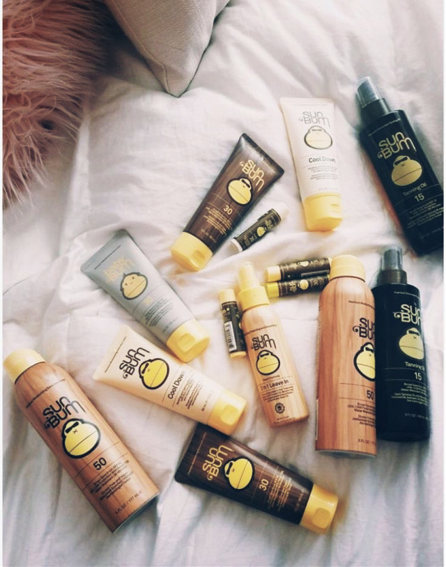 Sun bum is my actual favvv! Y'all need some Sum Bum in your life, is it amazing! It is not greasy, but very mosturizing! I 💛 Sun Bum! #musthave #sunbum #youneedsome #freetoedit
