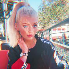 sienna_the_artist