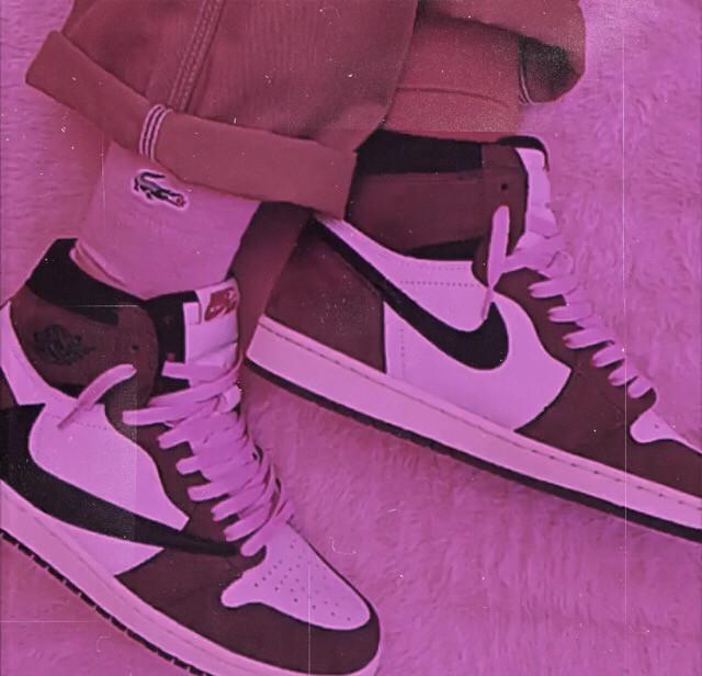 Nike ✔️  #wallpapers #nike #shoe #brand #aesthetic #🌻 #freetoedit