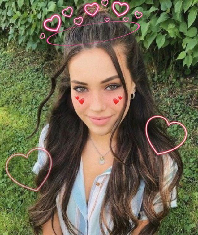 #hearts #love #heartemoji #cutegirl #edit #credittoownerofsources #omg #yas #queenofhearts  #freetoedit