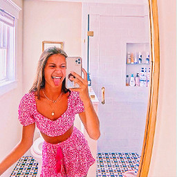 pfp pfps model instagram weheartit aesthetic nichepfp niche girl polarr sparkle pinterest filter spotify arianagrande music soft pastel remix random myedit useme charlidamelio avanigregg tiktok scrunchie