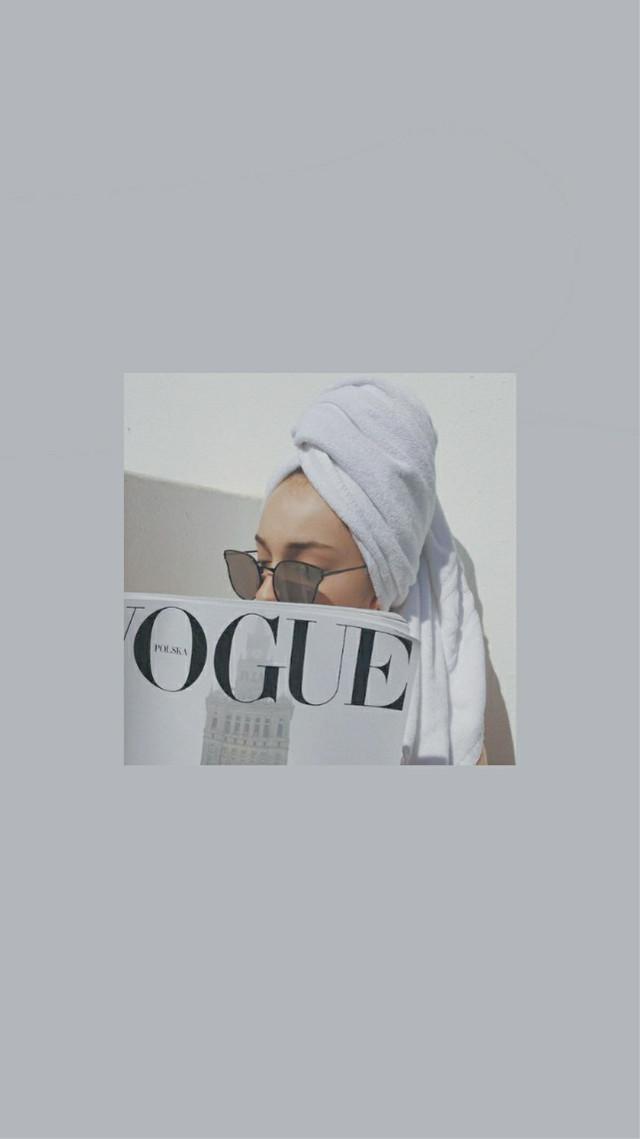 Vogue lockscreen 📰   .       .   .   .    #freetoedit #vogue #model #voguelockscreen #voguewallpaper #lockscreen #wallpaper #grey #greylockscreen #white #whitevogue