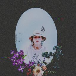 freetoedit paper vintage retro aesthetic photo photography collage kolaż black czarny flowers kwiaty flower lustro girl dziewczyna sky niebo white biały blue red green purple rcfloralmirror floralmirror