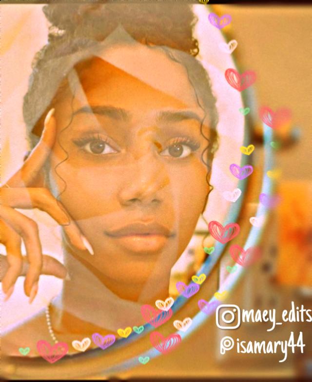 #freetoedit #blackgirlsarebeautiful #blackgirlmagic #brushtool #saturationeffect #warmcoloreffect #hdreffect #blur #whiterosesticker #whiteaesthetic #maeyedits