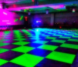 freetoedit glow neon led aesthetic glowave glowwave trending cyberpunk night glowcore arcade weheartit whi we heart it party dance disco
