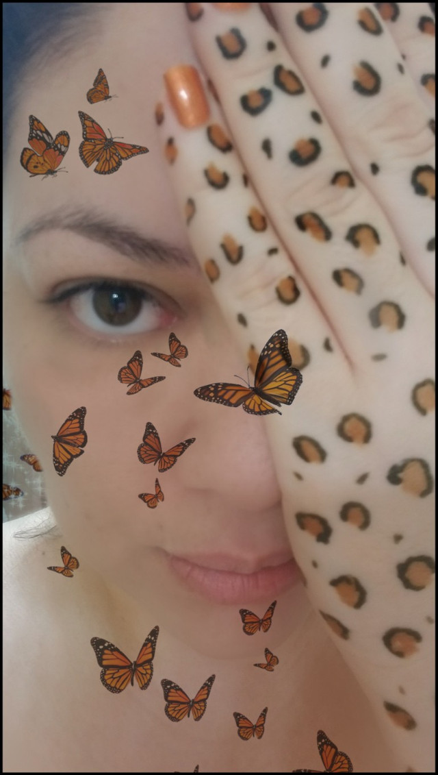 #photography #selfportrait #baresoul #cheetahprint  #hennaink #hennaart  and #monarchbutterflies  #awaytoexpress #creativity #mymind #myart #mysoul #beautifulmind #love #selflove #darklytwisted