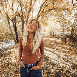 marlacatherine marlacatherinedit fall vibes aesthetic pretty loveher youtube instagram orange yellow asthetic season seasons autumn cool nature outfits outfit clothes clothesinspo outfitinspo insporation
