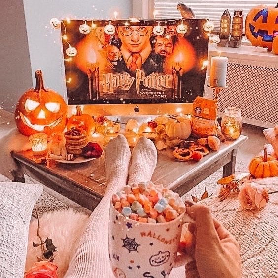 #harrypotter #fallaesthetic #orangeaesthetic #orange #aesthetic #fall #autumn #autumnaesthetic #comfycozy