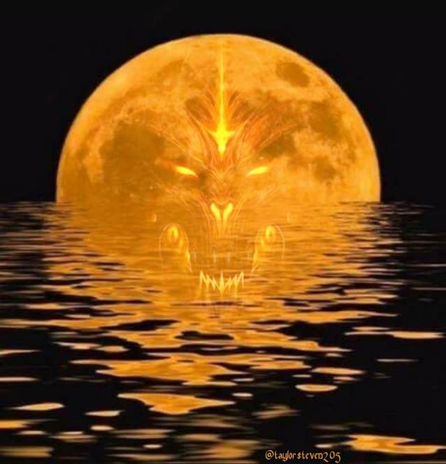 #freetoedit #halloween #demon #fullmoon #scary #creepy #reflection