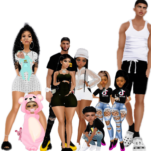 Me in my bear costume with mama laylay and kay kay jordan max eva mike and his prego girfriend amber 🥺🥰😊 #lovemyfamily