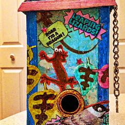 geckos birdhouse growingupisoverrated decorativebox decoupage papermache shabbychic seclusioninducedart quarantineprojectoftheday creatingforsanity picsart madewithpixlr elvyrajones clownsinnersaint