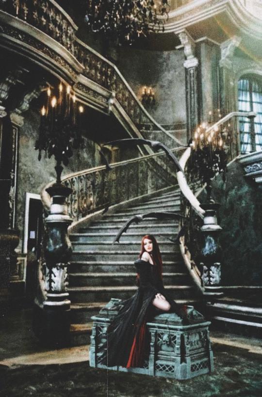 #Vampire #fchappyhalloween2020 #happyhalloween2020 Link: https://picsart.com/i/341859819107201?challenge_id=5f96a64daa1aaa521d90445e