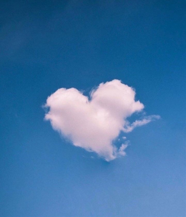 #freetoedit #heart #cloud #inthesky #dreamy #bluesky #whiteheart
