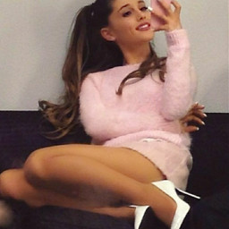 arianagrande arianagrandebutera which yourstrulyera has idol singer pretty gorgeous stunning pink thebest celebrity hot arianagrandebutera yourstrulyera