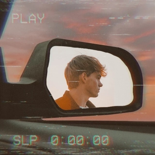 We LOVE a good mirror sticker edit 😍🚙 What about you? Created by @amethyst #mirror #mirrorselfie #carmirror #car #retro #vhs #freetoedit