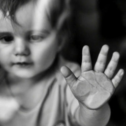 baby babyhand lovelybaby babygirl bw bnw blackandwhite photography bnwphotography bwphotography babyphotography babys babylove oneyearoldbaby freetoedit