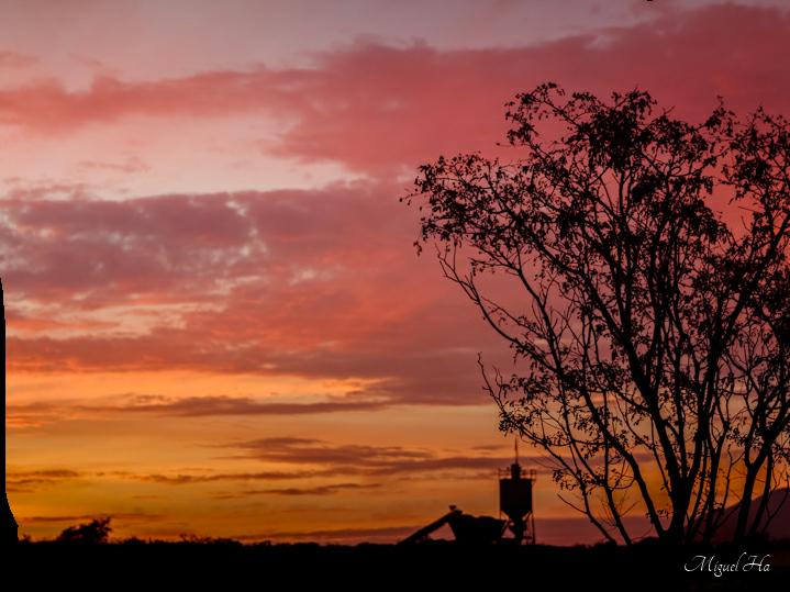 #freetoedit colorido sunset #sky  #wallpapers #fondosdepantalla   #photography #sunrise #nature #landscapes #fondos #sunsetsilhouette  #naturalbeauty    #heypicsart    #wallpaperedit #freetoedit  #landscape #sunsetbackground  #landscapephotography #sun #sunrisephotography #bluesky
