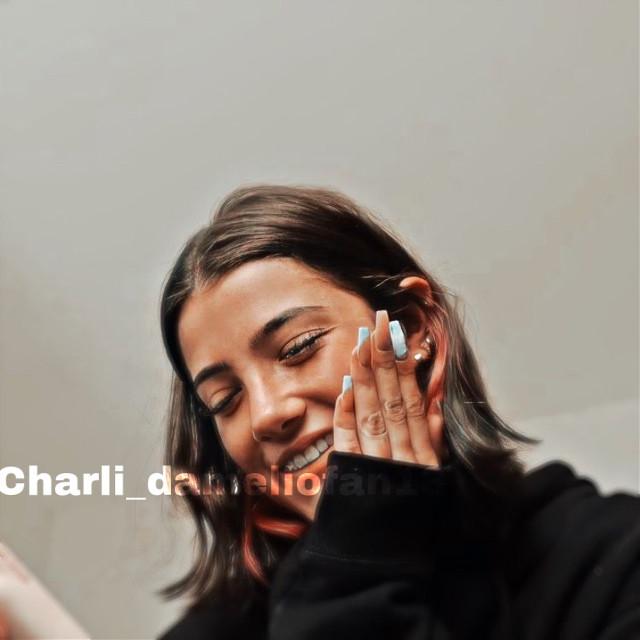 Hi  ❤️👑✨#charli