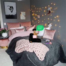 freetoedit indoor girl