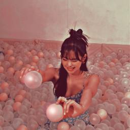 freetoedit kugeln bubbles girl cool vintage ästhetic schön local