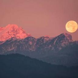montanhas mountains lua luar natureza nature paisagem landscape landscapephotography moon luacheia freetoedit local